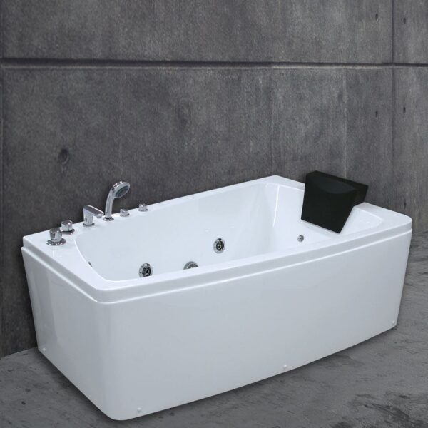 Dynamic spa
