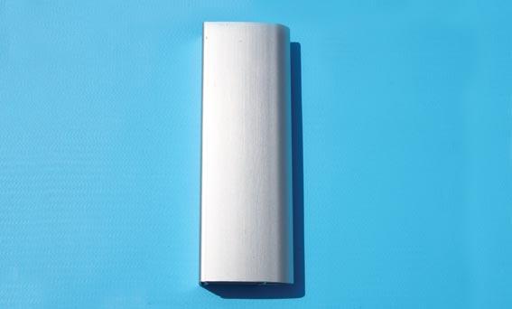 Den aluminium som SPA Kompagniet använder i sin produktion har ytbehandlats på ett flertal olika sätt