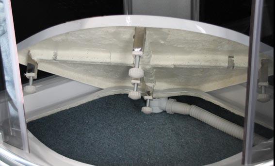 Det 2-delade bottenkar underlättar rengöring och service av karet